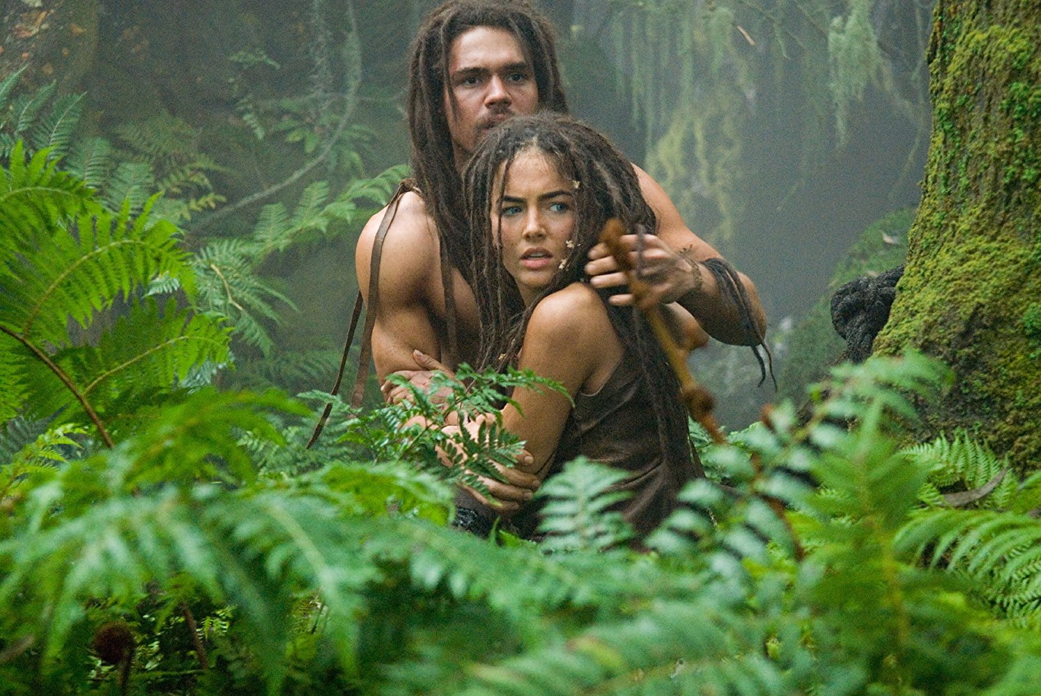Prehistoric love - Steven Strait and Camilla Belle in 10,000 BC (2008)