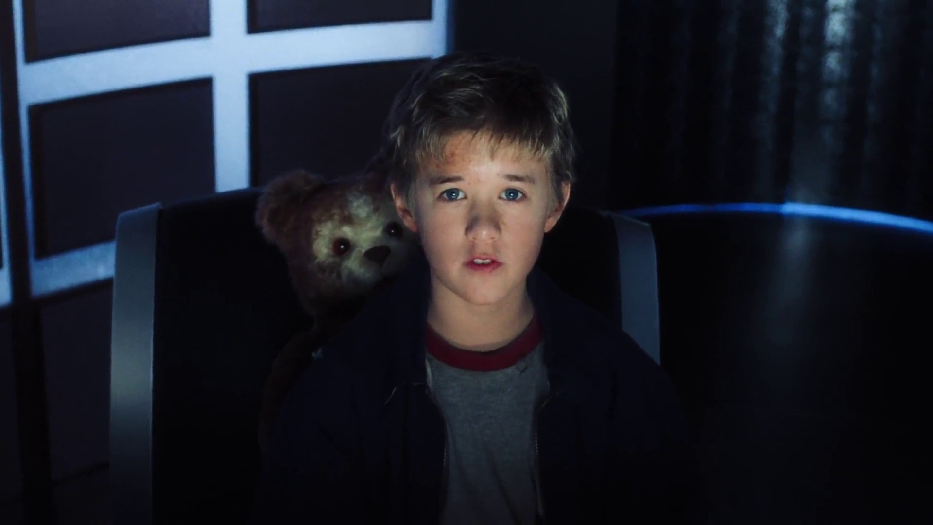 David (Haley Joel Osment) and Teddy in A.I.  (Artificial Intelligence (2001)