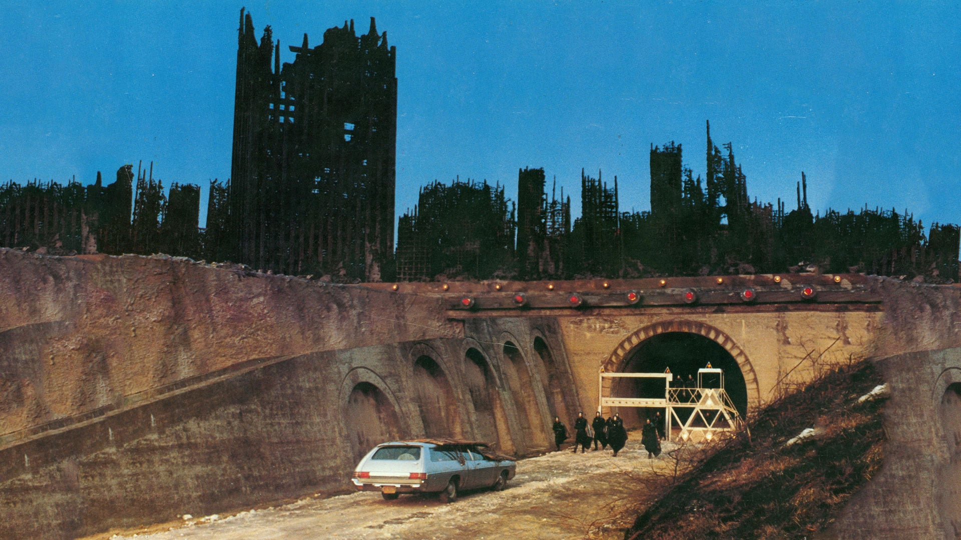 The ruins of New York City in 2019: After the Fall of New York (1983)