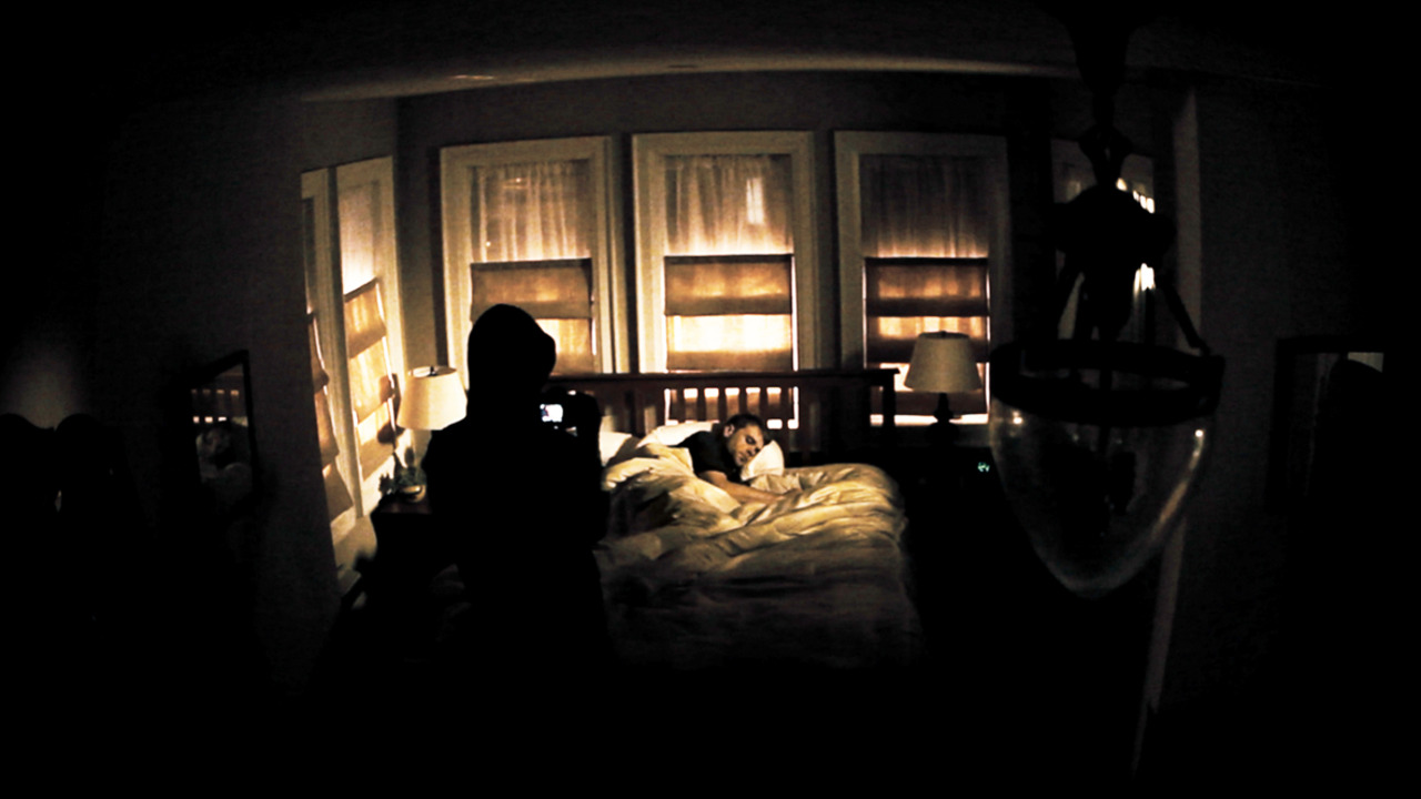 The stalker films a sleeping Nick Stahl in 388 Arletta Avenue (2011)