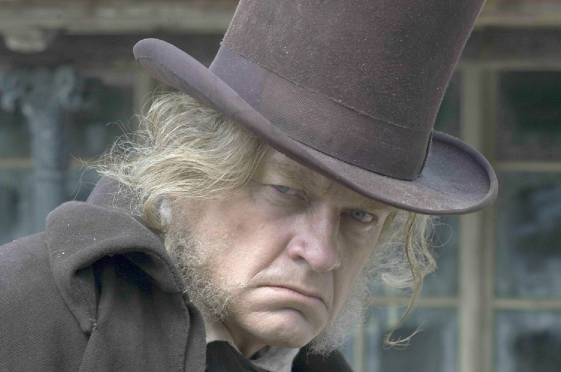 Kelsey Grammer as Scrooge in A Christmas Carol (2004)