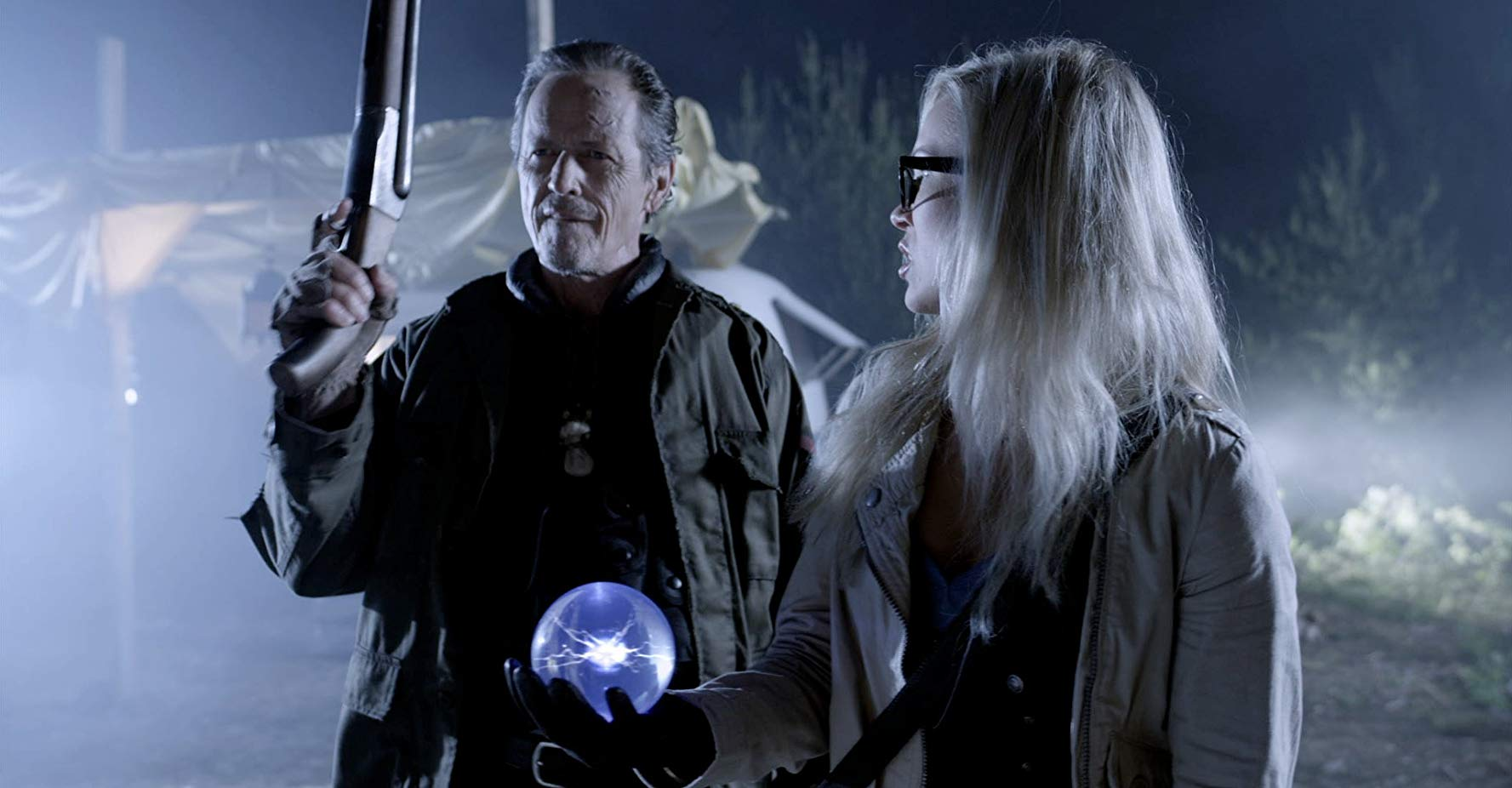 Zombie hunter Stephen McHattie and his assistant Emilie Ullerup in A Little Bit Zombie (2012)