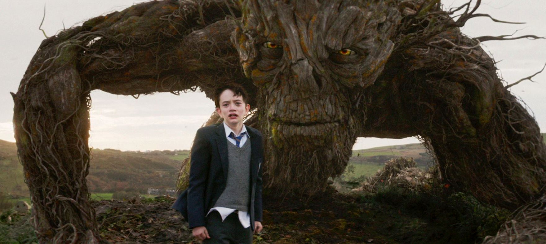 Lewis MacDougall and the monster in A Monster Calls (2016)