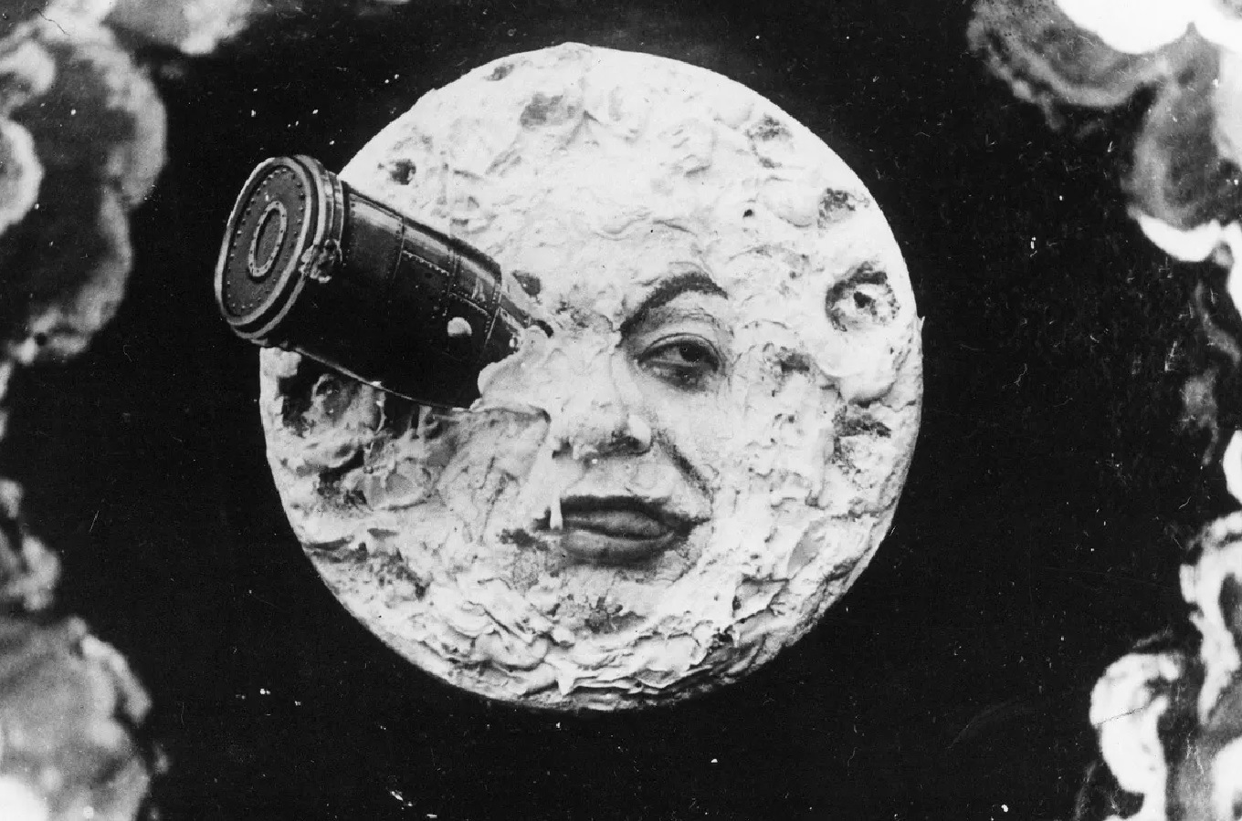 The rocket impaled in the Man in the Moon's eye in A Trip to the Moon (1902)