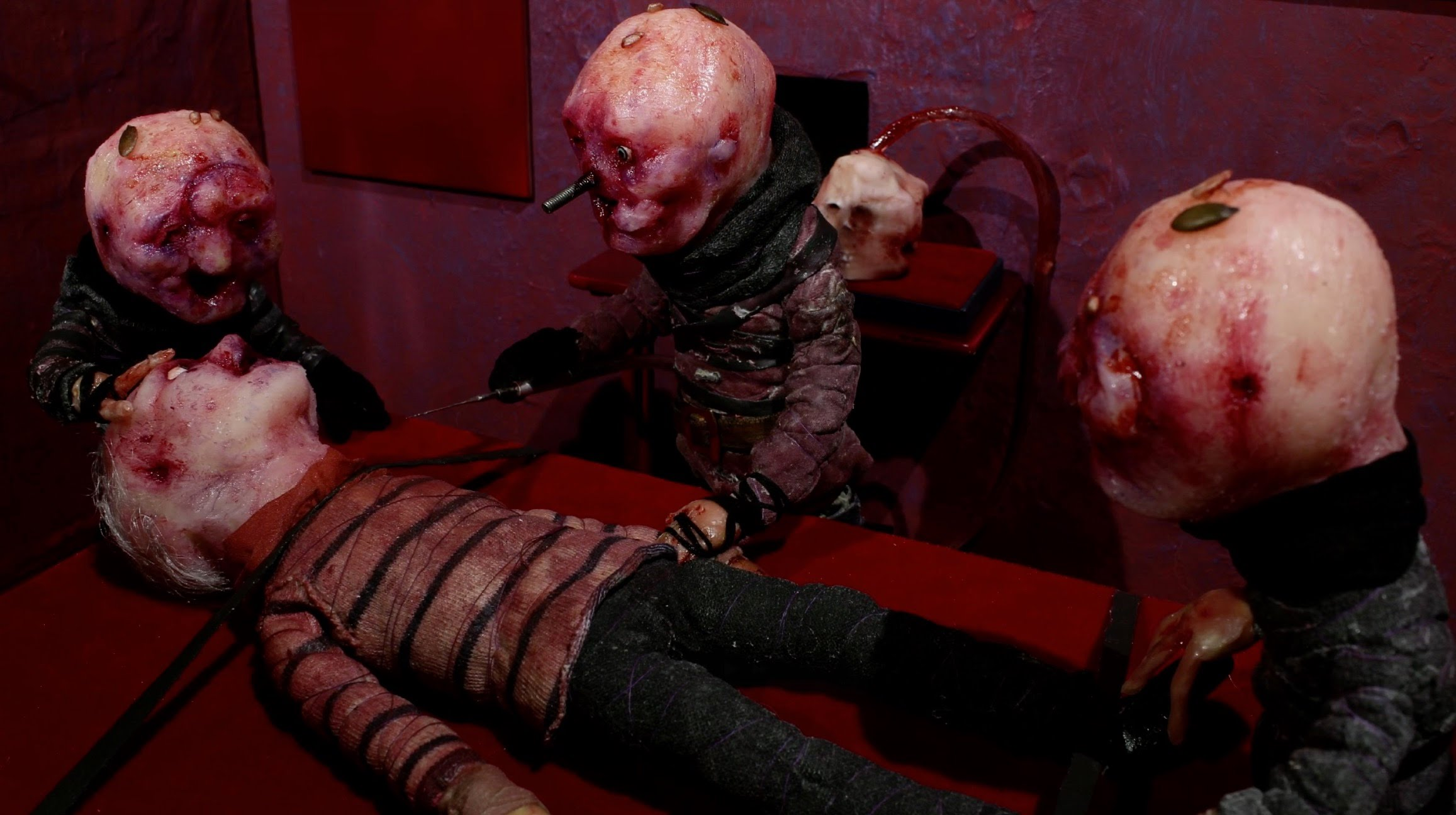 Stop-motion animated grotesquerie from the D is for Deloused segment of ABCs of Death 2 (2014)