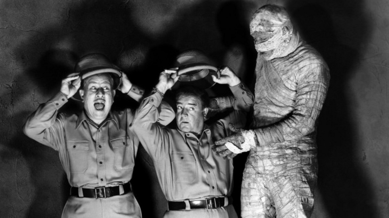 (l to r) Bud Abbott and Lou Costello meet Klaris the mummy (Edwin Packer) in Abbott and Costello Meet the Mummy (1955)