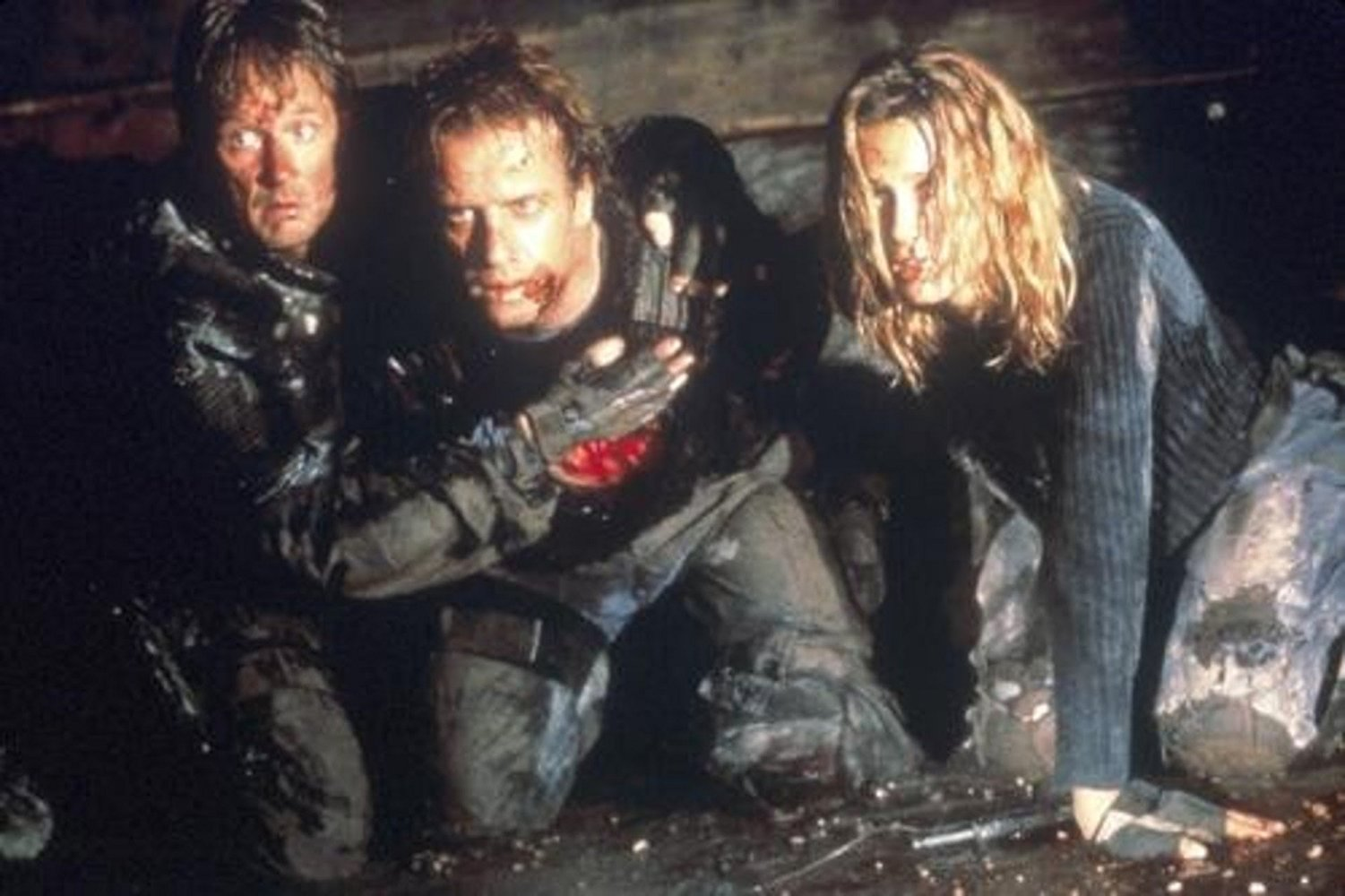( to r) Norbert weisser, Christopher Lambert and Natasha Henstridge in the sewers in Adrenalin: Fear the Rush (1996)