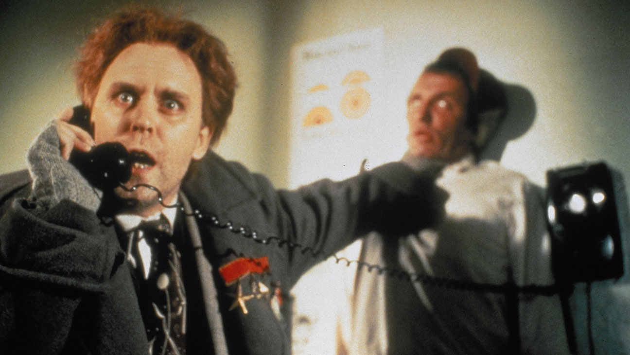 Dr Emilio Lizardo (John Lithgow) in The Adventures of Buckaroo Banzai Across the 8th Dimension (1984)