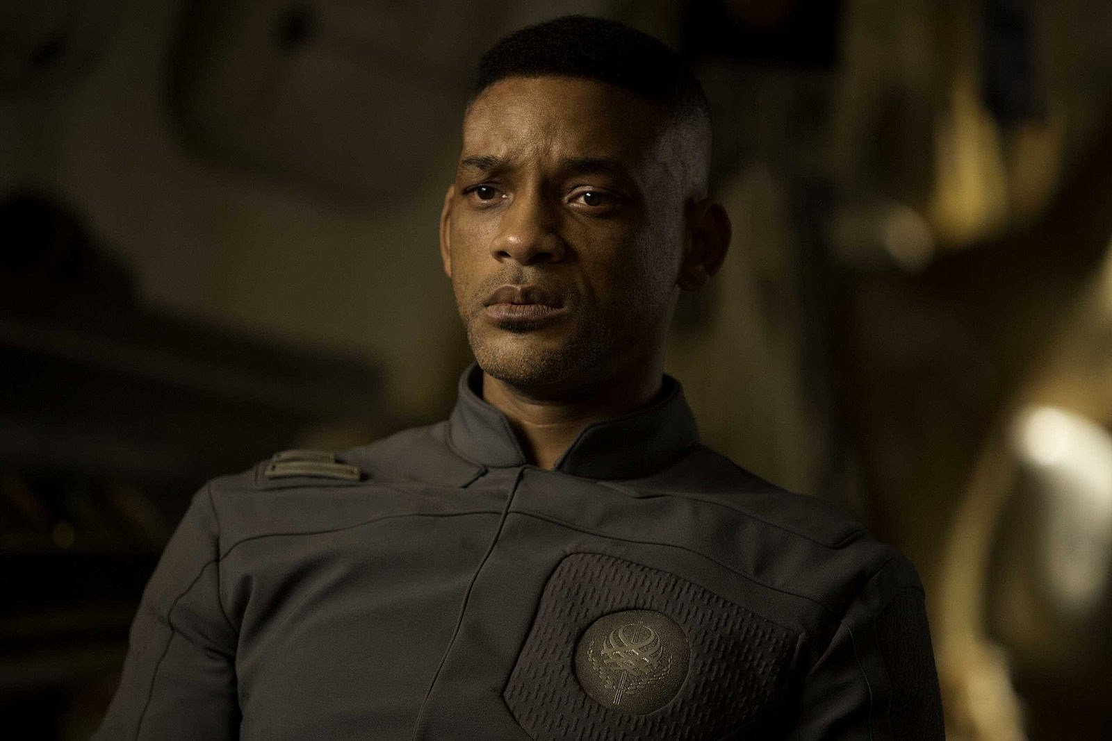 Will Smith confined to the ship for the duration of the show in After Earth (2013)