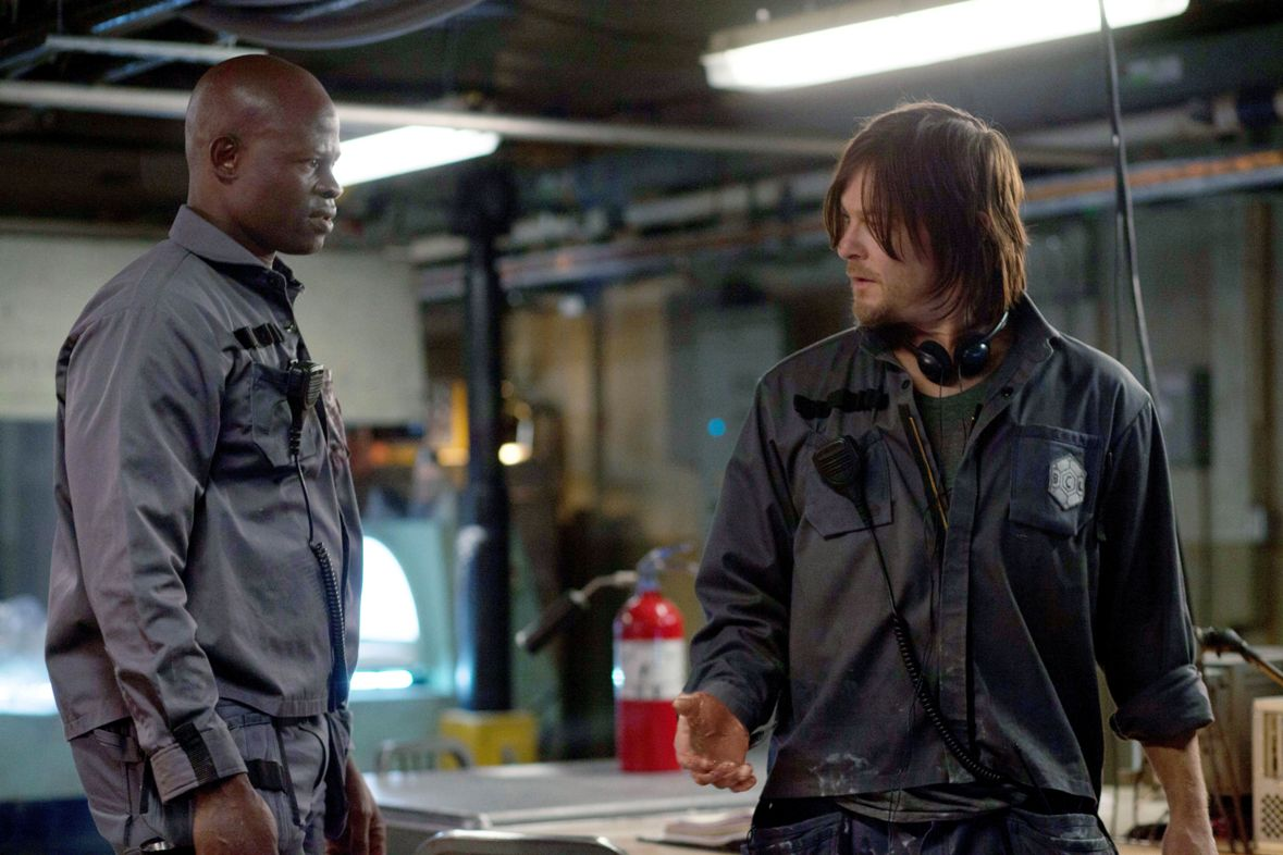 Crogenic sleepers awoken - (l to r) Djimon Hounsou and Norman Reedus in Air (2015)