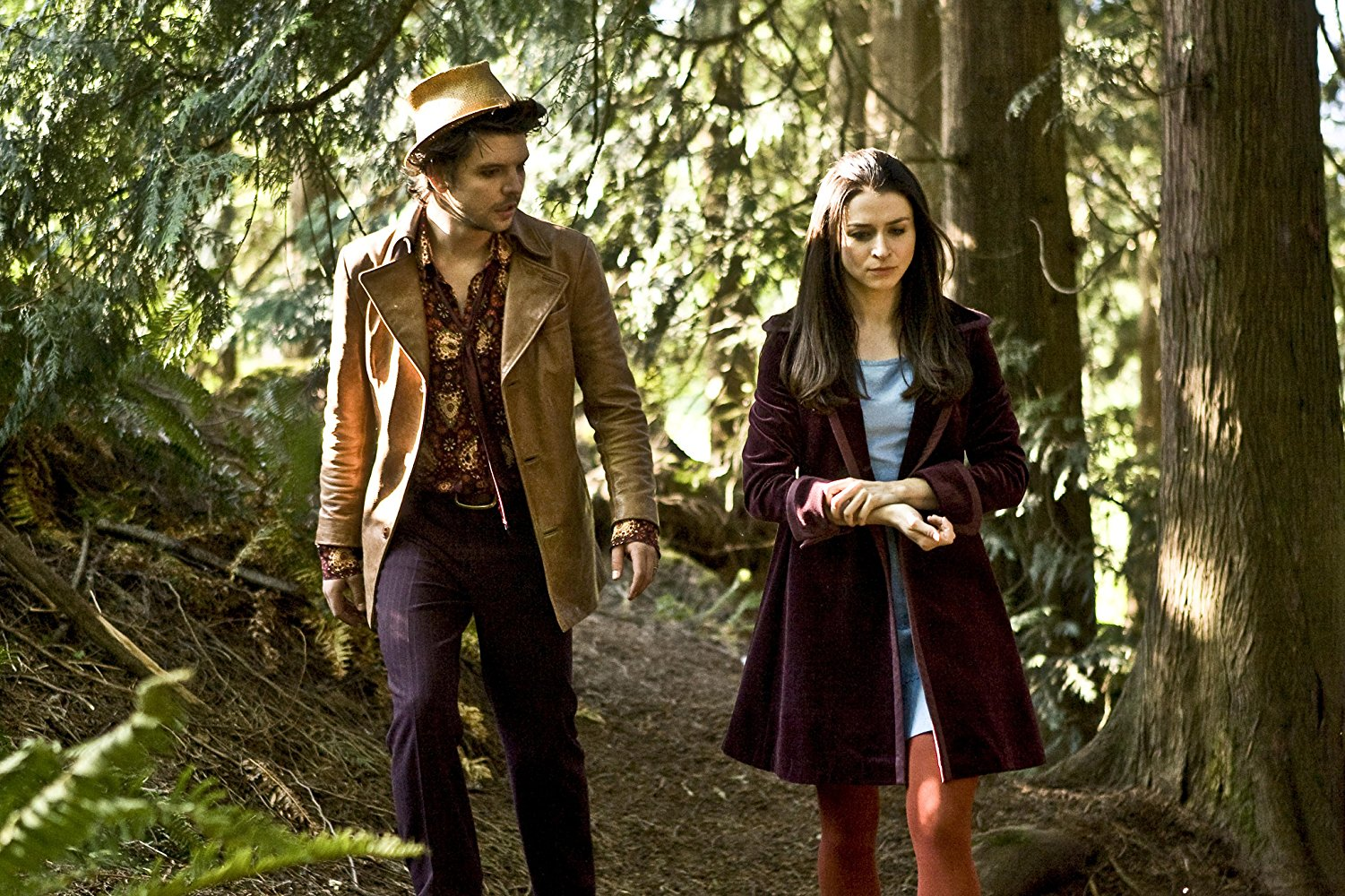 The hatter (Andrew Lee Potts) and Alice (Caterina Scorsone) in Alice (2009)