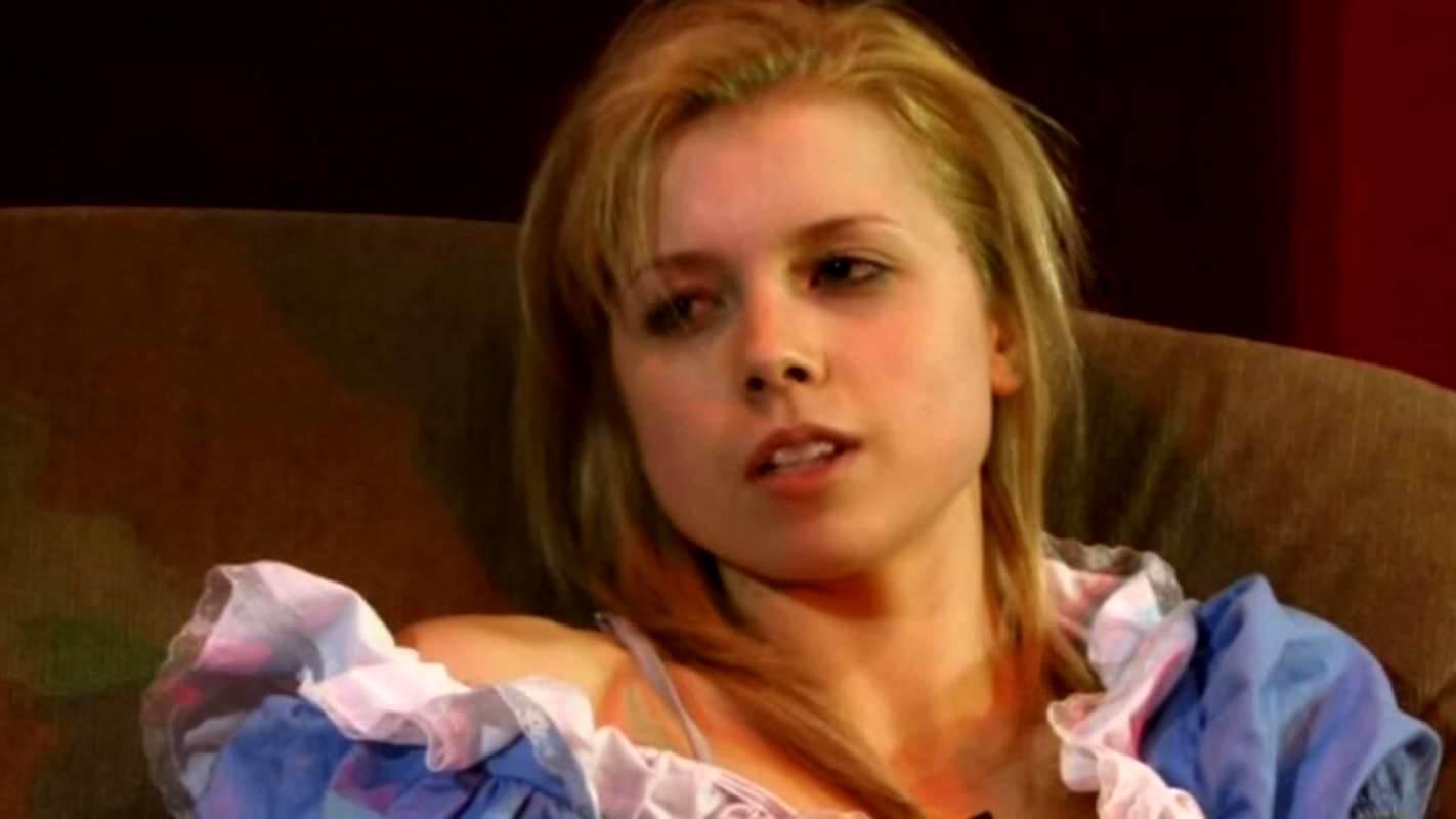 Malerie Grady as Alice in Alice in Murderland (2010)