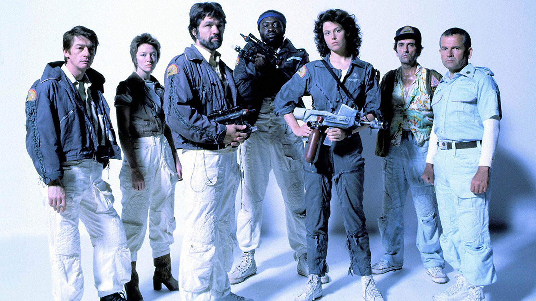 John Hurt, Veronica Cartwright, Tom Skerritt, Yaphet Kotto, Sigourney Weaver, Harry Dean Stanton, Ian Holm in Alien (1979)