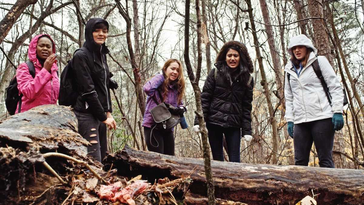 Girls go tramping in the woods - (l to r) Sharron Calvin, Jamie Bernadette, Gema Calero, Karishma Lakhani and Katie Carpenter in All Girls Weekend (2016)