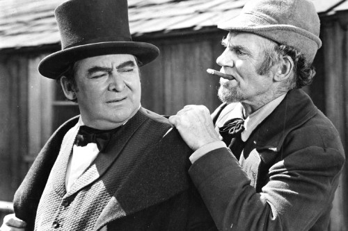 (l to r) Lawyer Daniel Webster (Edward Arnold) and Mr Scratch (Walter Huston) in All That Money Can Buy (1941)
