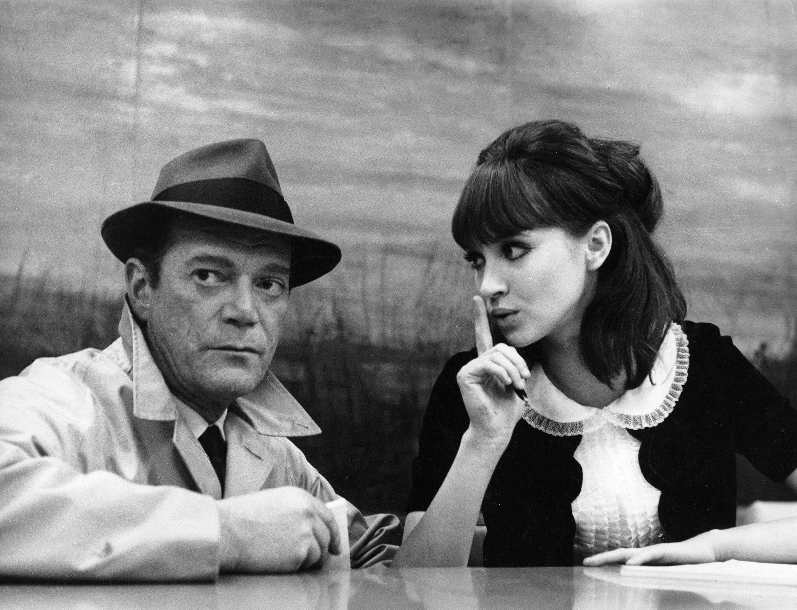 Secret agent Lemmy Caution (Eddie Constantine) and Natasha Von Braun (Anna Karina) in Alphaville (1965)
