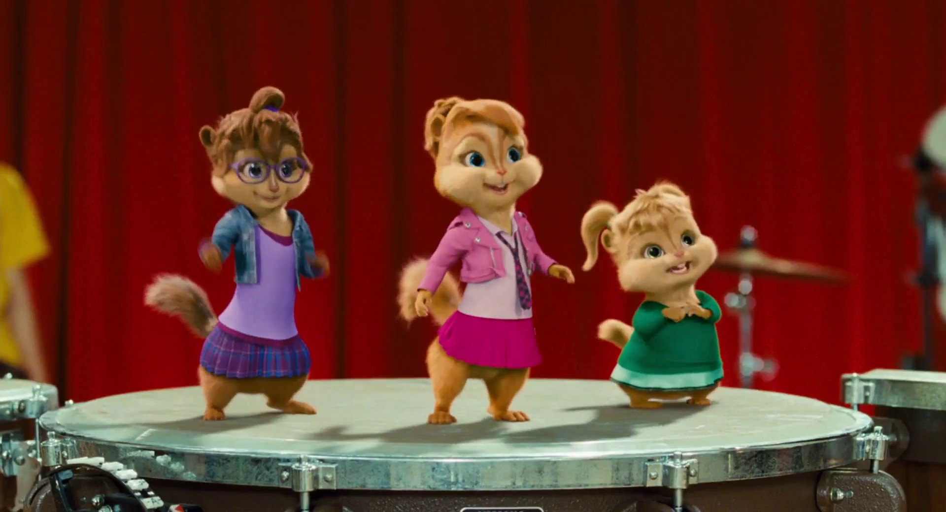 Introducing the Chipettes in Alvin and the Chipmunks: The Squeakquel (2009)