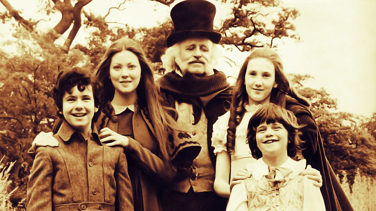 (l to r) Garry Miller, Lynne Frederick, Mr Blunden (Laurence Naismith), Rosalyn Landor and Marc Granger in The Amazing Mr Blunden (1972)