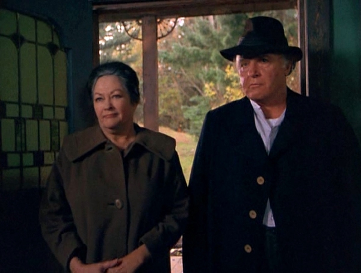 Family patriarch Rod Steiger and wife Yvonne de Carlo in American Gothic (1987)