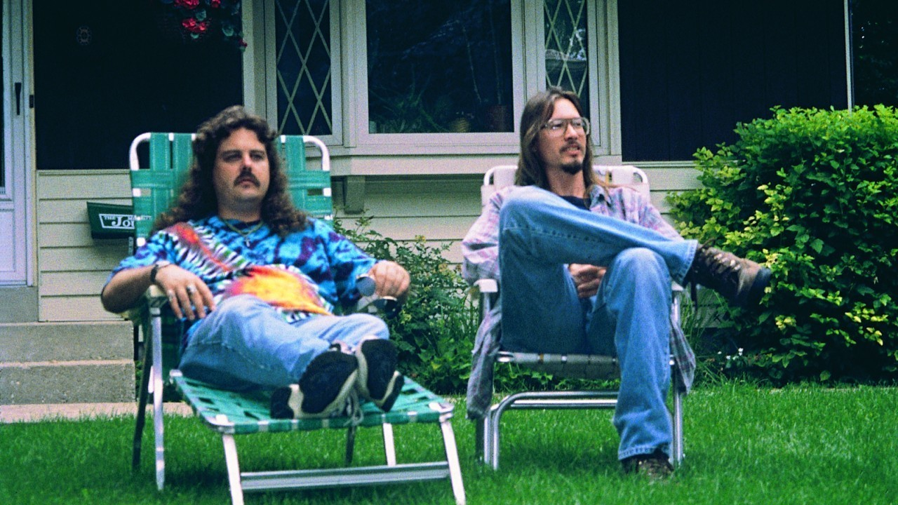 Best friends (l to r) Mike Schank and Mark Borchardt in American Movie: The Making of Northwestern (1999)