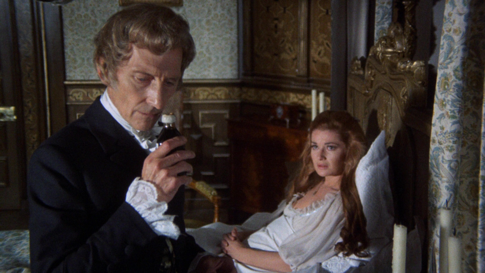 Dr Pope (Peter Cushing) come to examine the sanity of wife Stephanie Beacham in And Now the Screaming Starts (1973)