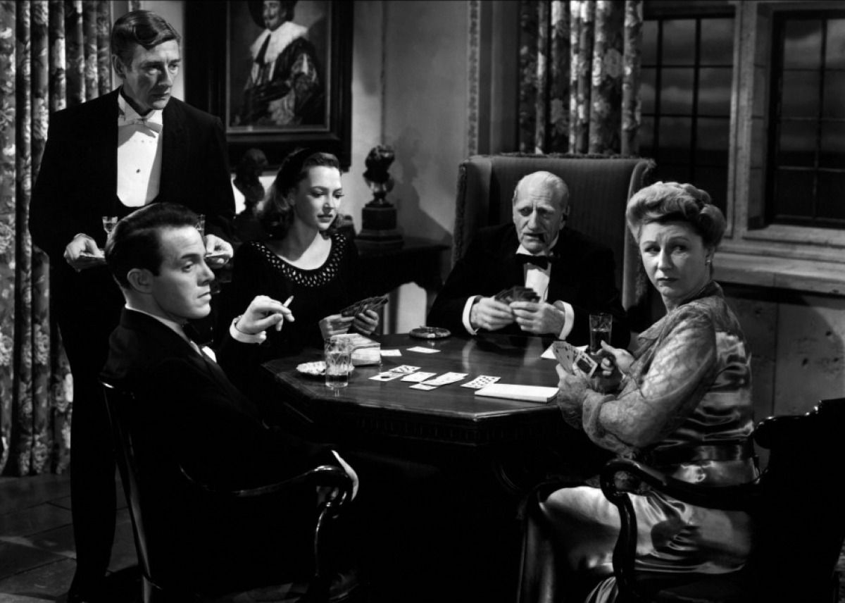 Louis Hayward, Richard Hayden, June Duprez, Sir C. Aubrey Smith and Judith Anderson in And Then There Were None (1945)