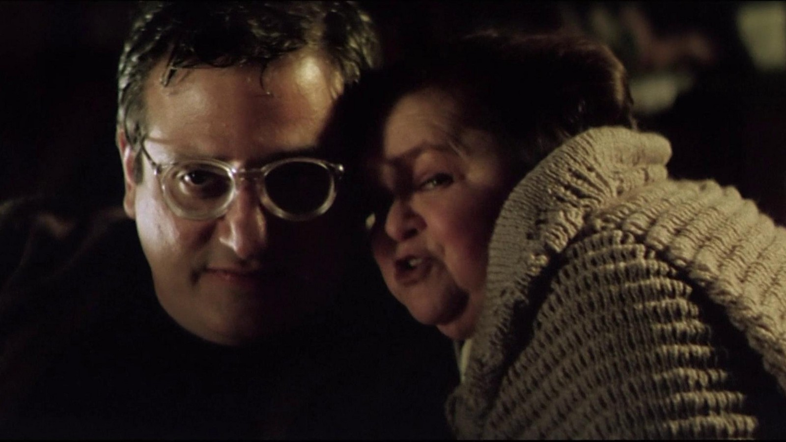 Psycho Michael Lerner and his mother Zelda Rubinstein in Anguish (1987)