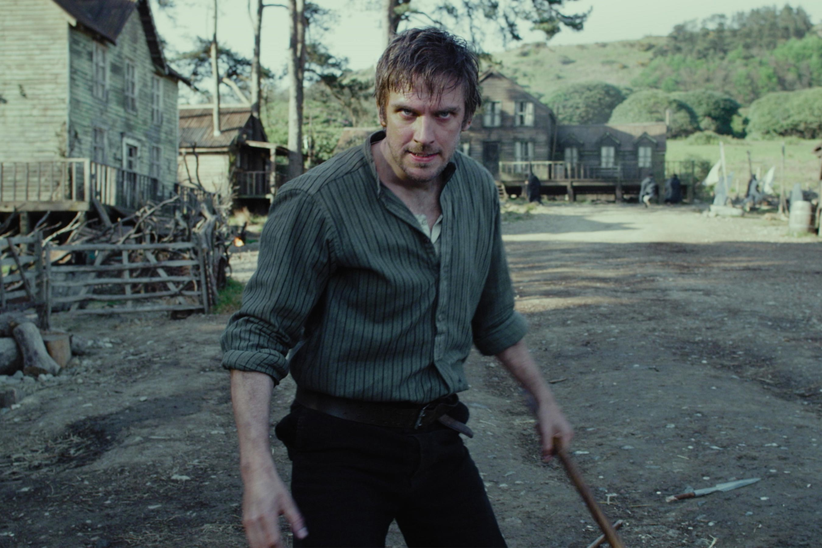 Dan Stevens searching for his sister being held by a cult in Apostle (2018)