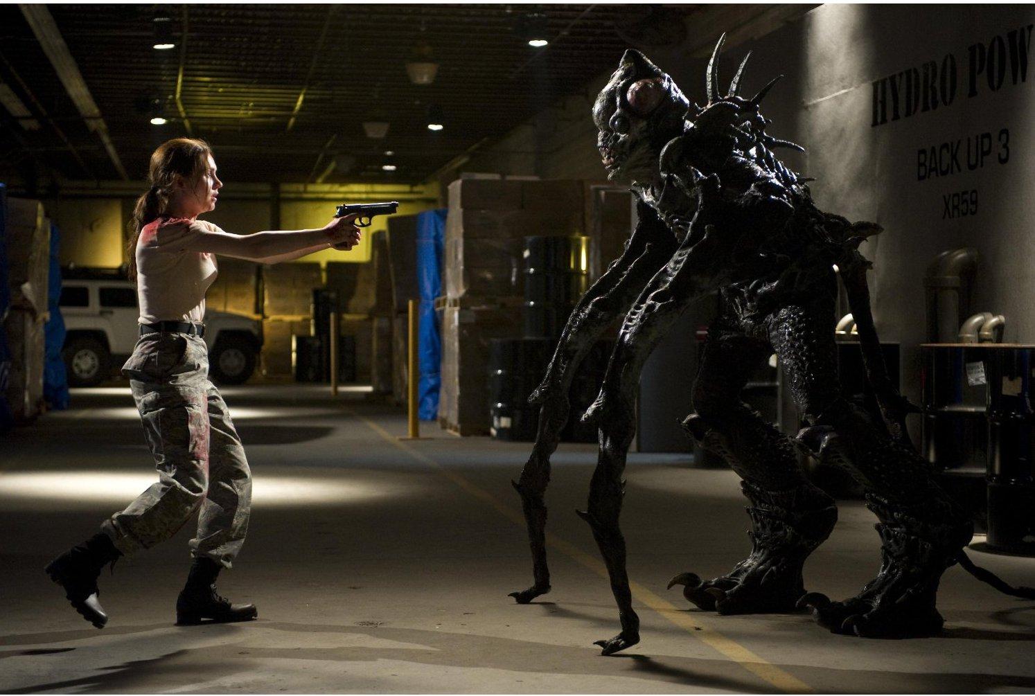 Rachel Miner vs alien monster in Area 51 (2011)