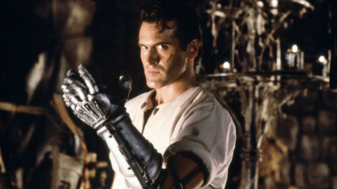 Bruce Campbell and mechanical hand in Army of Darkness (1992)