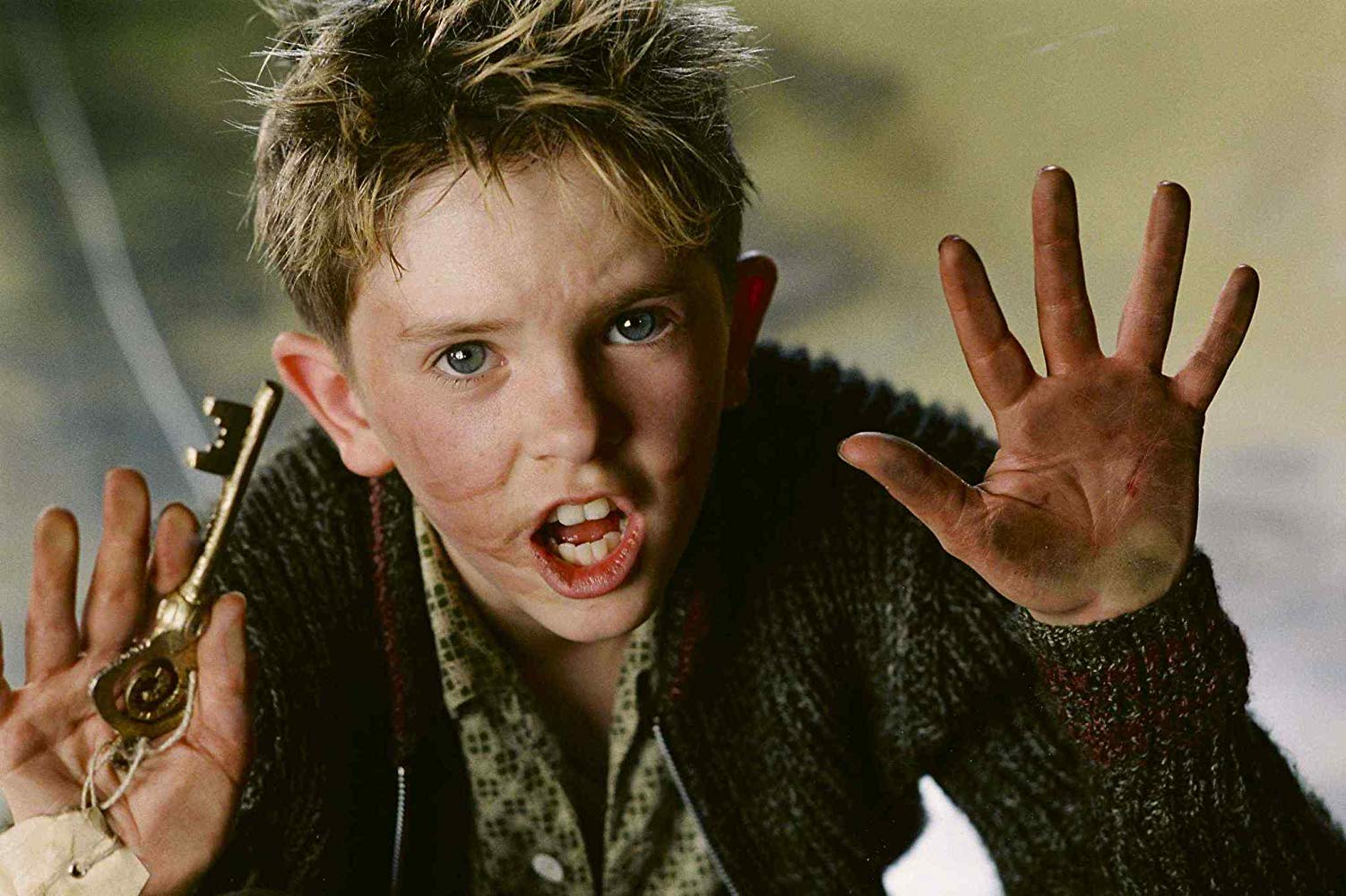 Freddie Highmore as Arthur in Arthur and the Invisibles (2006)
