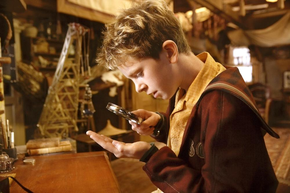 Freddie Highmore as Arthur in Arthur and the Revenge of Maltazard (2009)