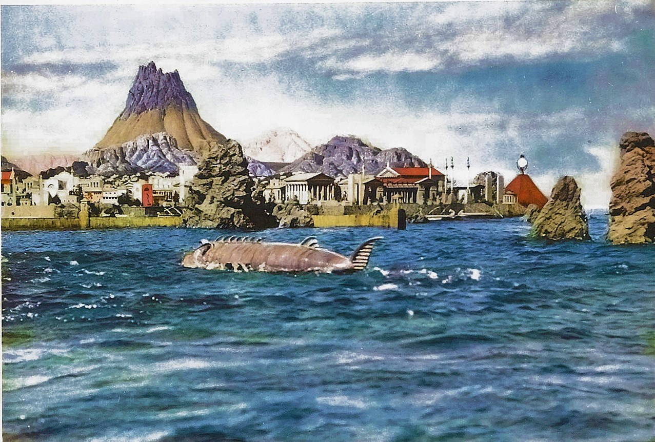 The submarine arrives at Atlantis in Atlantis the Lost Continent (1961)