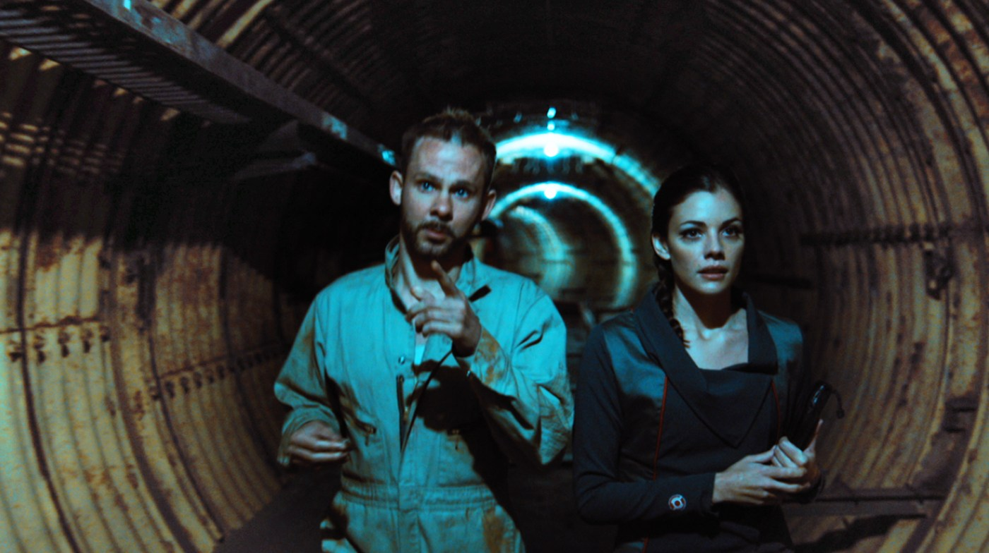 Dominic Monaghan and Sarah Habel in Atomica/Deep Burial (2017)