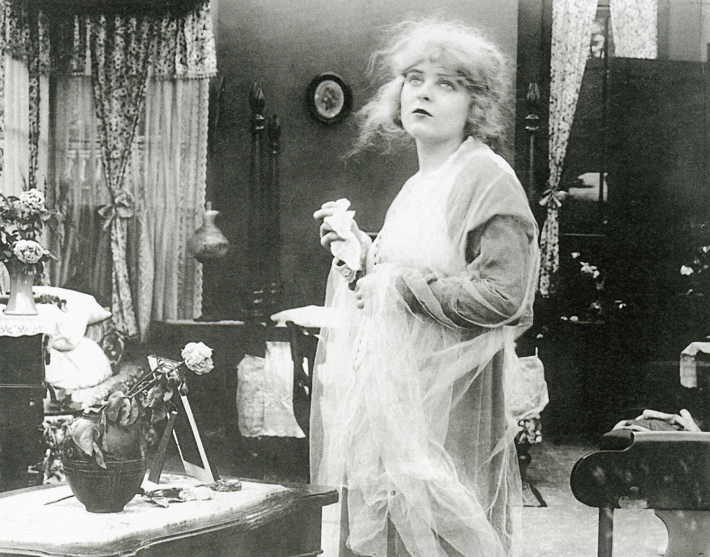Annabel Lee (Blanche Sweet) in The Avenging Conscience or Thou Shalt Not Kill (1914)