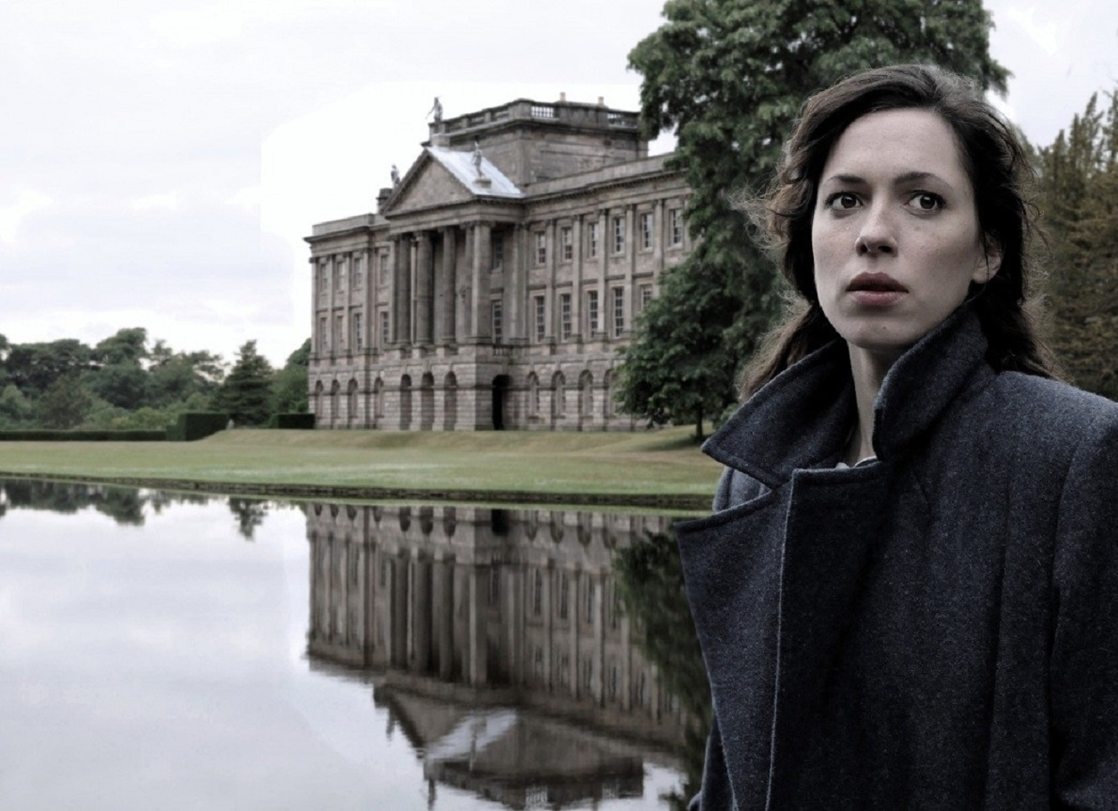 Rebecca Hall as psychic debunker Florence Cathcart in The Awakening (2011)