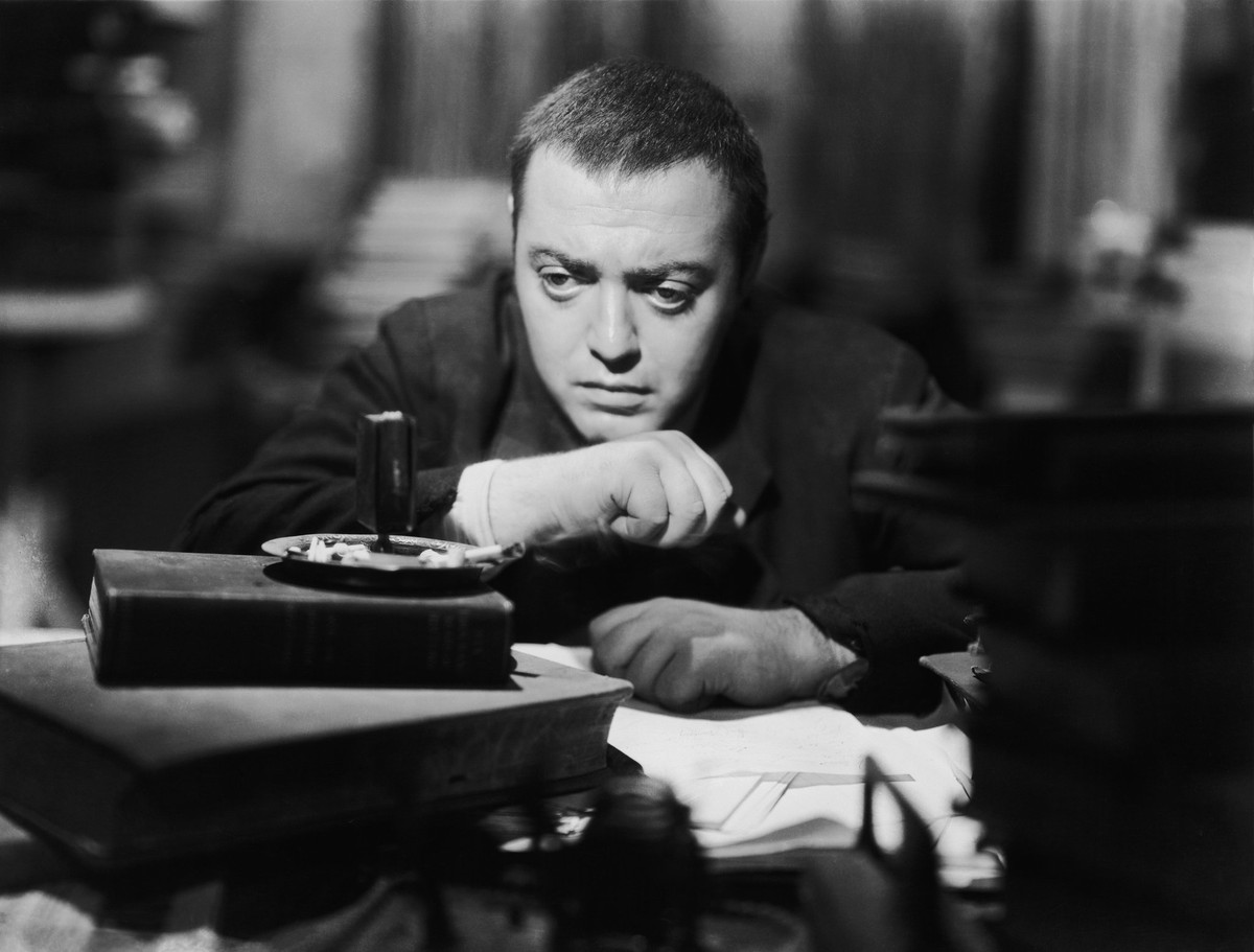 Peter Lorre in The Beast with Five Fingers (1946)