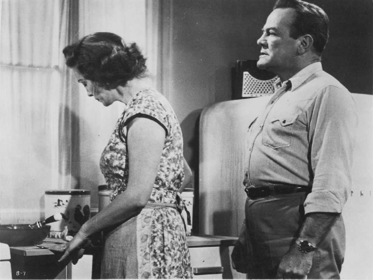 farmer Paul Birch and wife Lorna Thayer in The Beast with a Million Eyes (1955)
