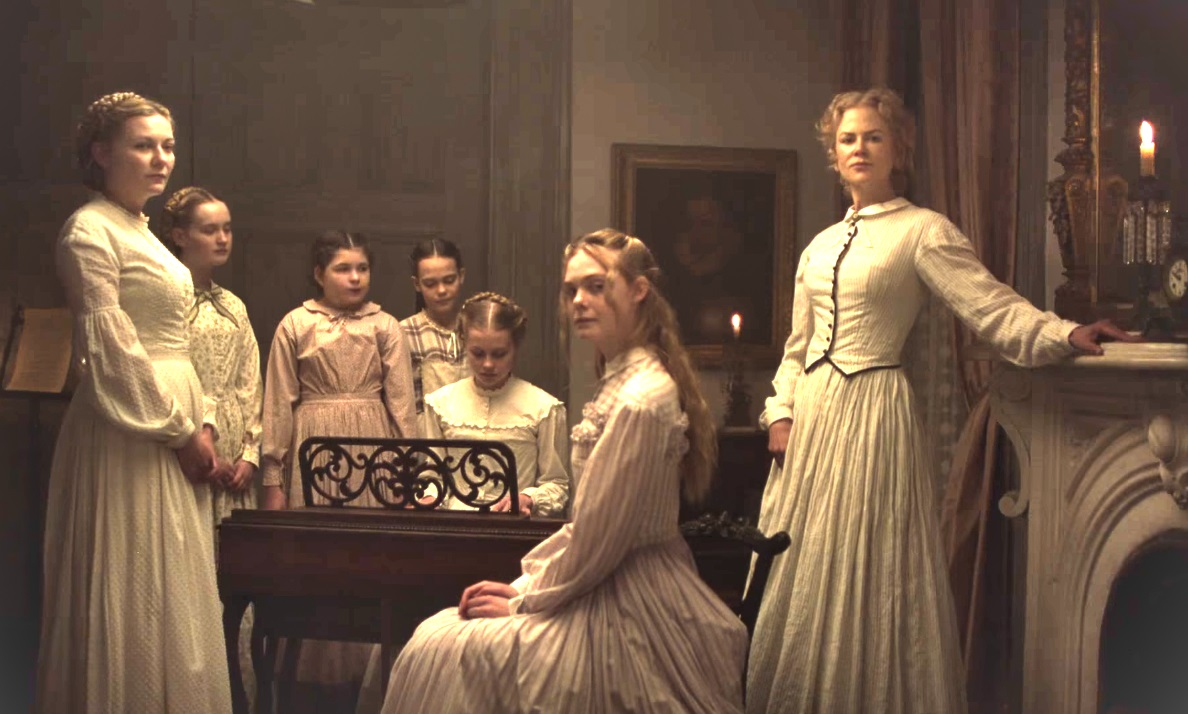 The girls of the Farnsworth Seminary - (l to r front) Kirsten Dunst, Elle Fanning and headmistress Nicole Kidman in The Beguiled (2017)