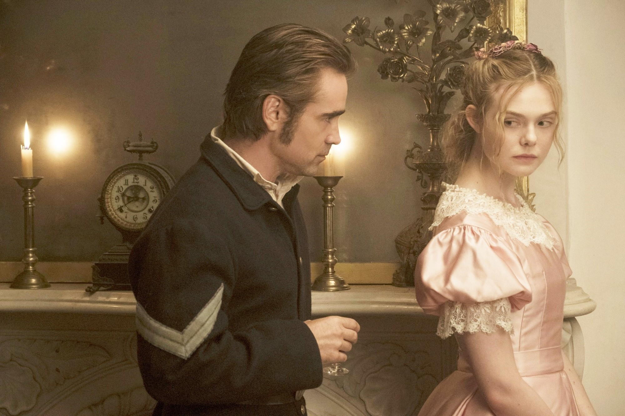 Corporal John McBurney (Colin Farrell) and Elle Fanning in The Beguiled (2017)