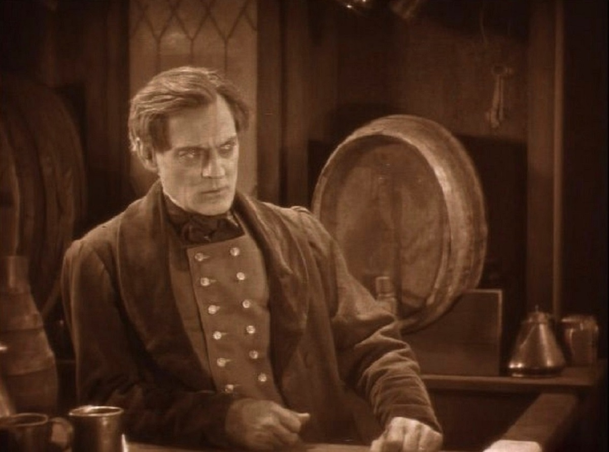 Lionel Barrymore as the guilt-wracked murderer Mathias in The Bells (1926)