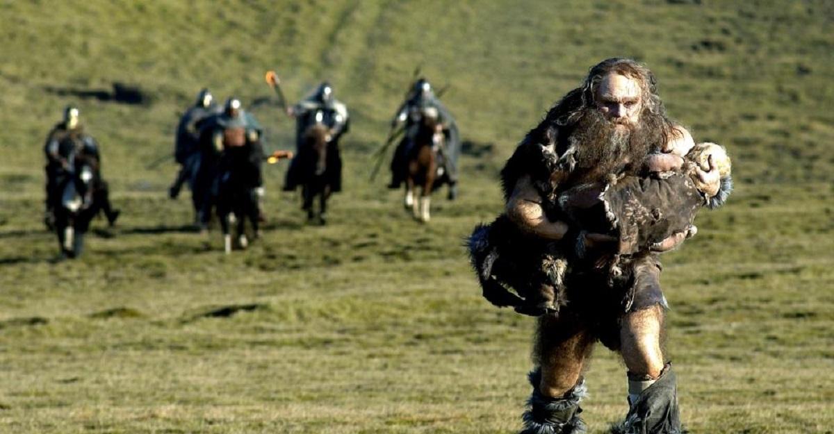 A pursued Grendel (Ingvar E. Sigurdsson) in Beowulf and Grendel (2005)