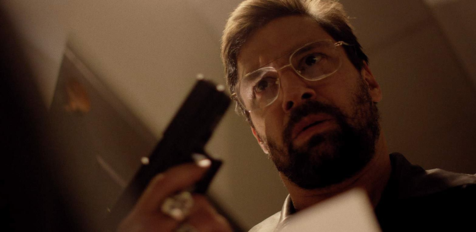 Manu Bennett becomes the mind-controlled shooter in a videogame in Beta Test (2016)