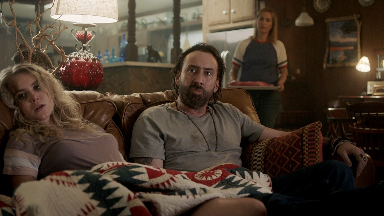 Penelope Mitchell, Nicolas Cage and Franka Potente in Between Worlds (2018)