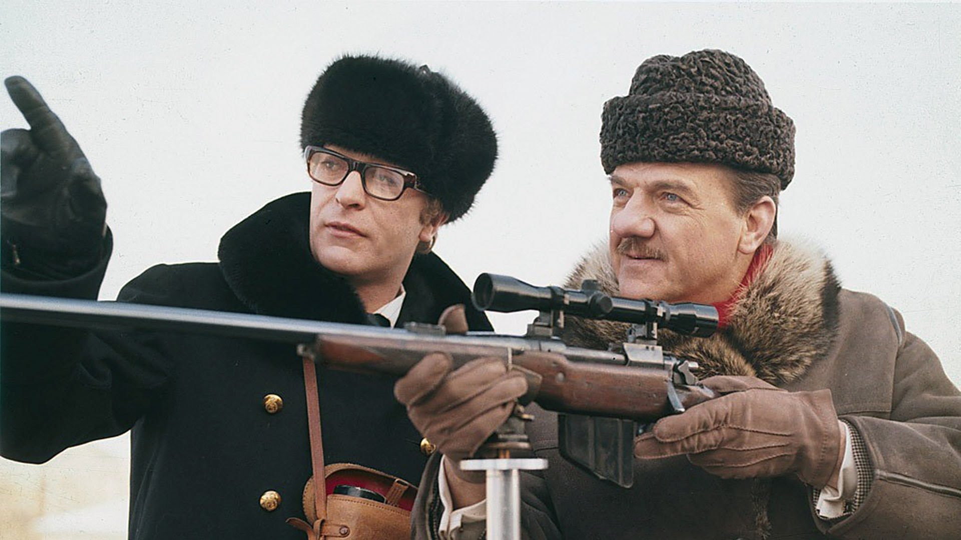 Harry Palmer (Michael Caine) and Leo Newbigen (Karl Malden) in Billion Dollar Brain (1967)