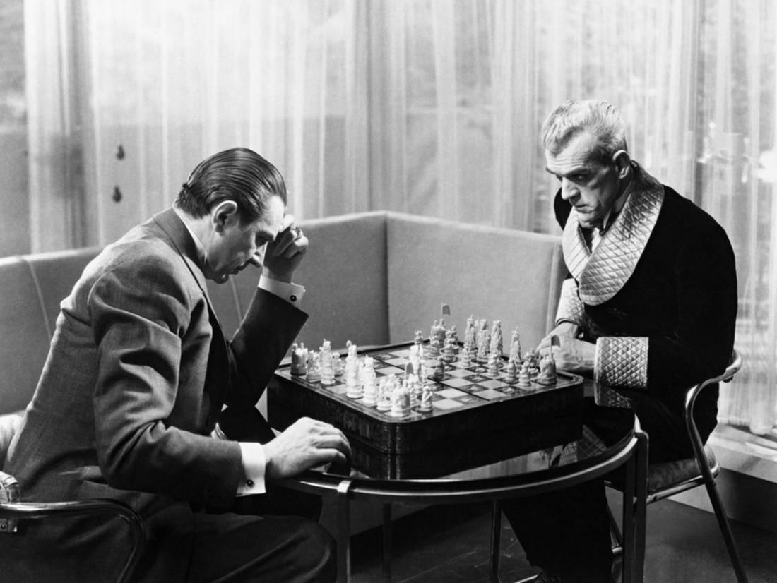 Vitus Werdegast (Bela Lugosi) and Hjalmar Poelzig (Boris Karloff) - chess games for human souls in The Black Cat (1934)