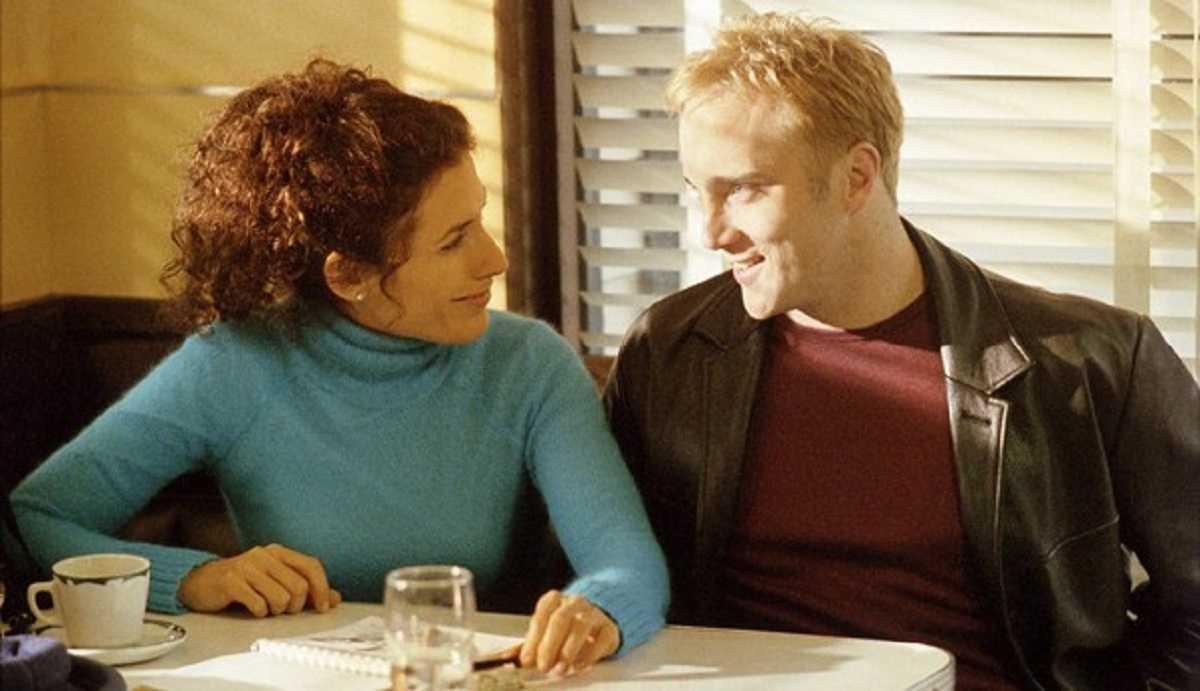 Lisa Edelstein and Jay Mohr in Black River (2001)