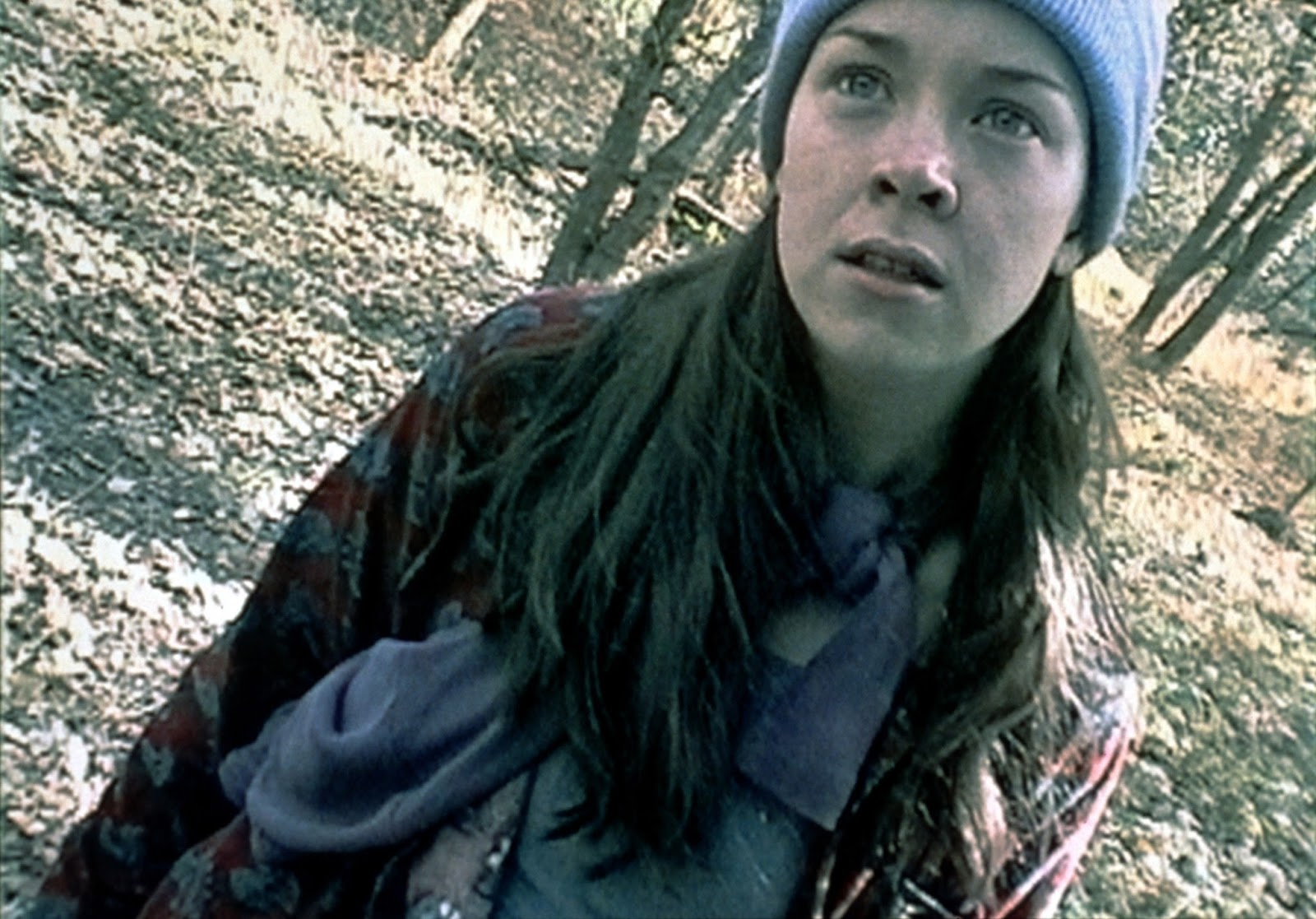 Heather Donahue lost in the woods in The Blair Witch Project (1999)