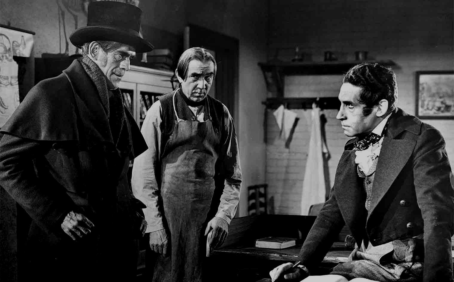 (l to r) John Gray (Boris Karloff), Joseph (Bela Lugosi) and Dr MacFarlane (Henry Daniell) in The Body Snatcher (1945)