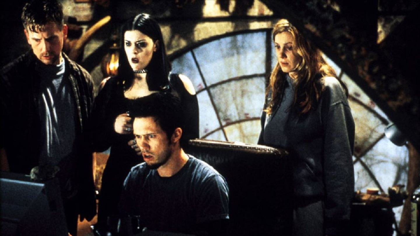 (l to r) Stephen Barker Turner, Kim Director, Jeffrey Donovan, Tristine Skyler in Book of Shadows: Blair Witch 2 (2000)